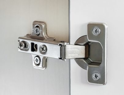 Standard door hinge for overlay application for all kinds of furniture.